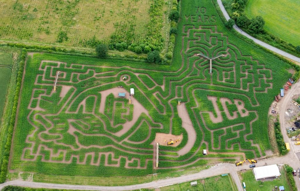 JCB Maze